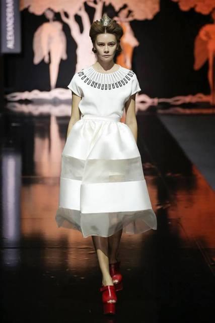 арутюнов свадебные платья цены форма